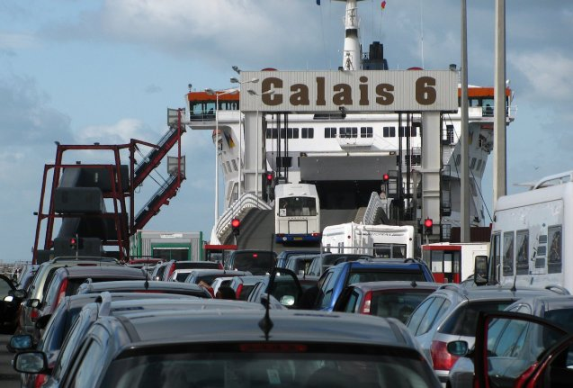 Calais port closed for 90 minutes shortly after 02:00 this morning after migrants were spotted swimming in the water according to reports. Details are still sketchy though P&O Ferries confirmed the incident to us. While services have resumed and operated normally since